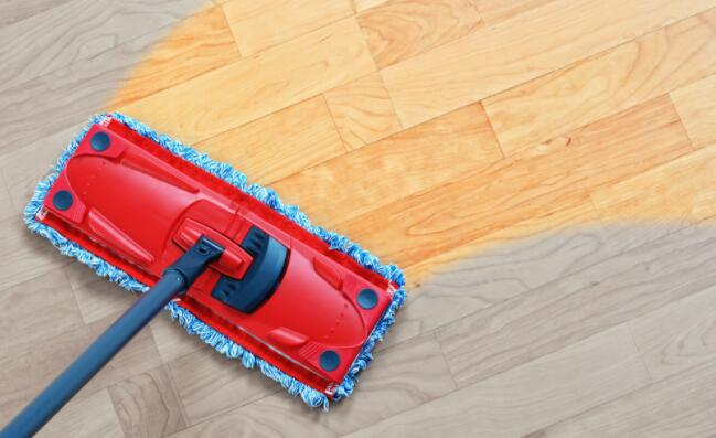 use a steam mop to keep your laminate wood floors shine