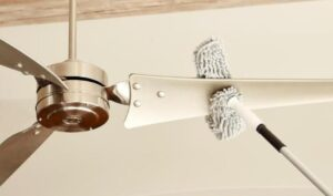 clean ceiling fans without making a mess