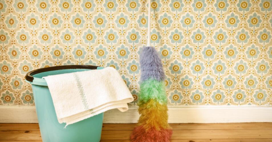 how to get stubborn wallpaper off